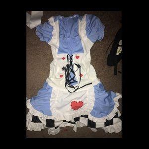 Alice in wonderland costume/dress